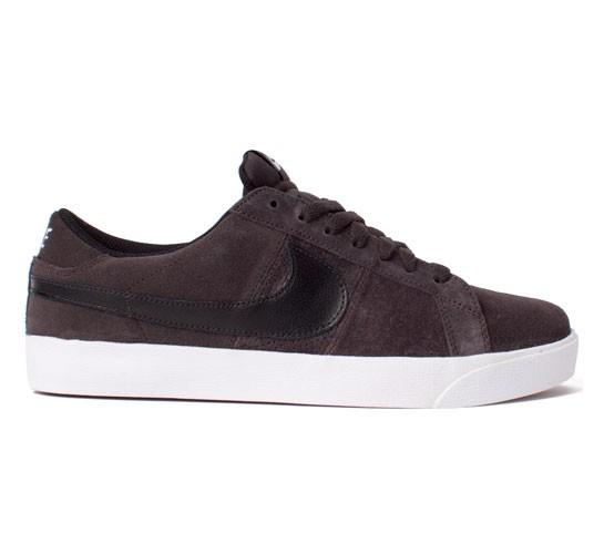 best sneakers 5ee71 66cc6 Nike SB Blazer Low CS (Tar Black) - Consortium.