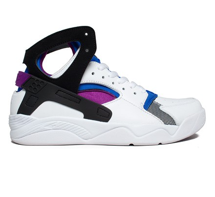 nike air flight huarache qs og bold berry