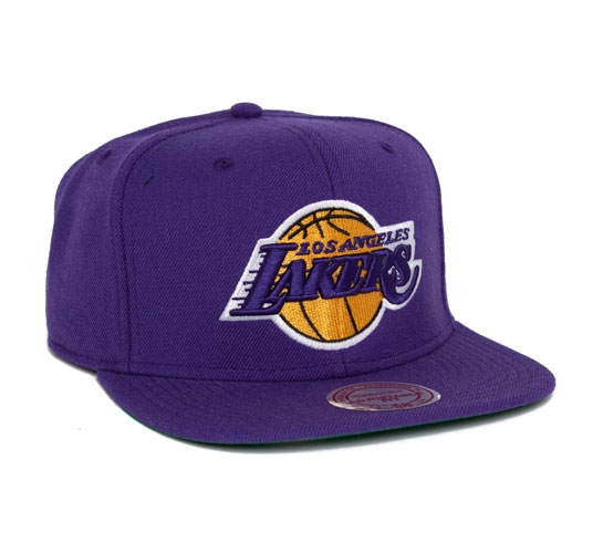 8b17a4e2fc7 Mitchell   Ness Los Angeles Lakers Snapback Cap (Purple) - Consortium.