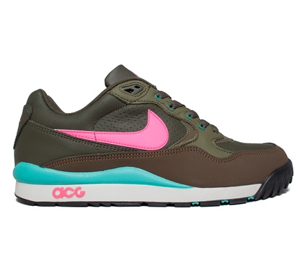 nike khaki air wildwood