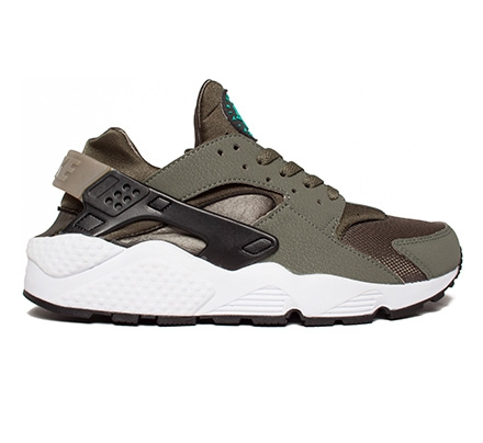new arrival 2a266 2ebf6 Nike Air Huarache (Iron Green Black Pine-Cargo Khaki)