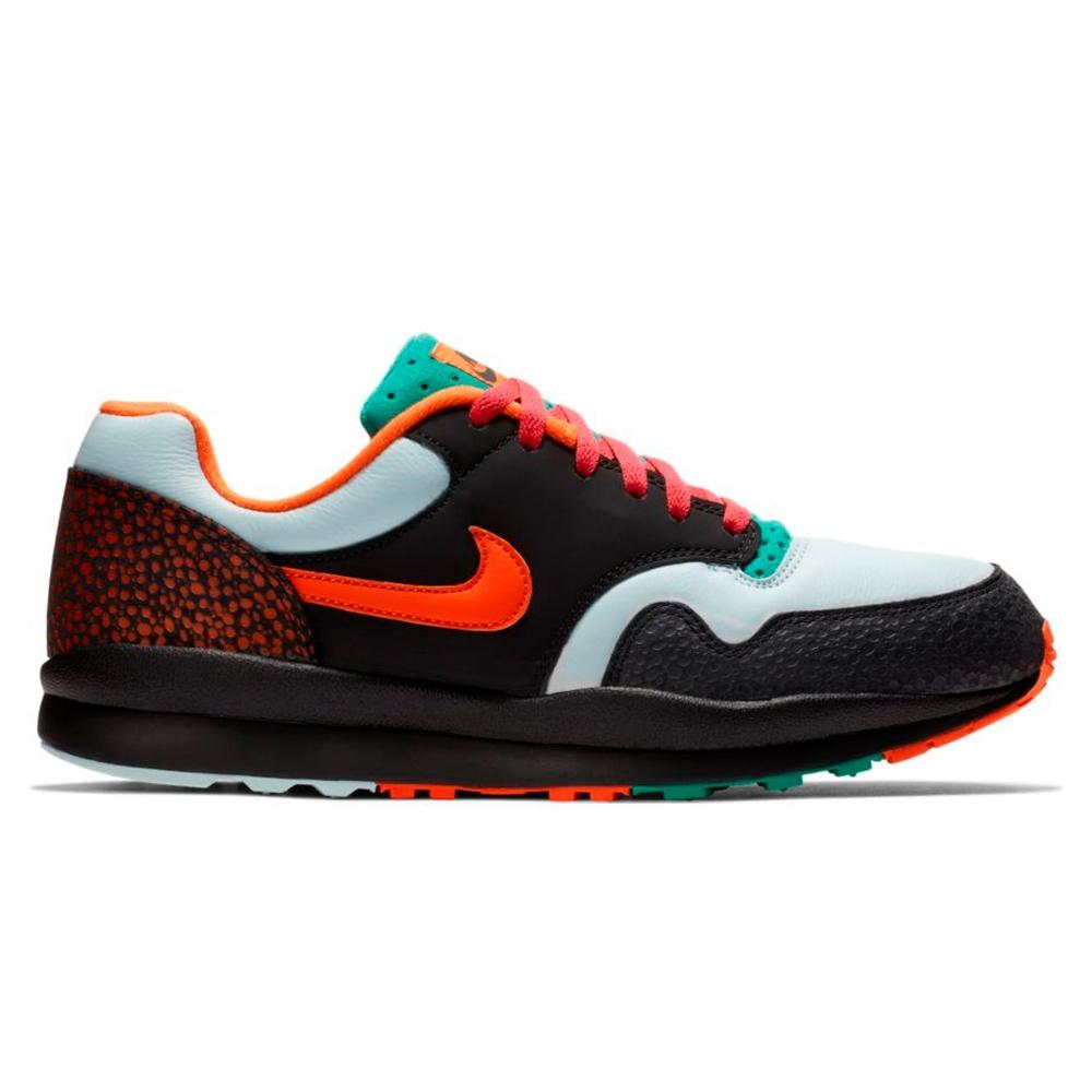 Nike Air Safari SE 'Supreme Tech Pack' (Black/Team Orange-Emerald Green)