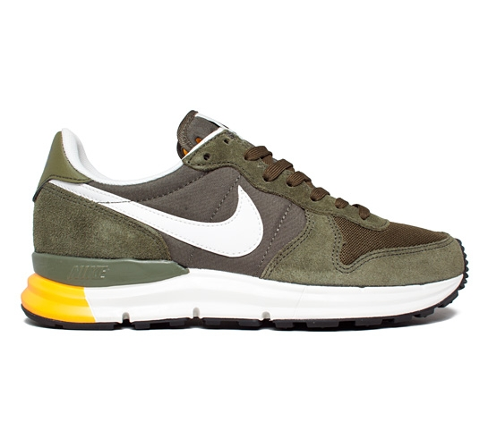 nike lunar internationalist charge khaki summit white. Black Bedroom Furniture Sets. Home Design Ideas