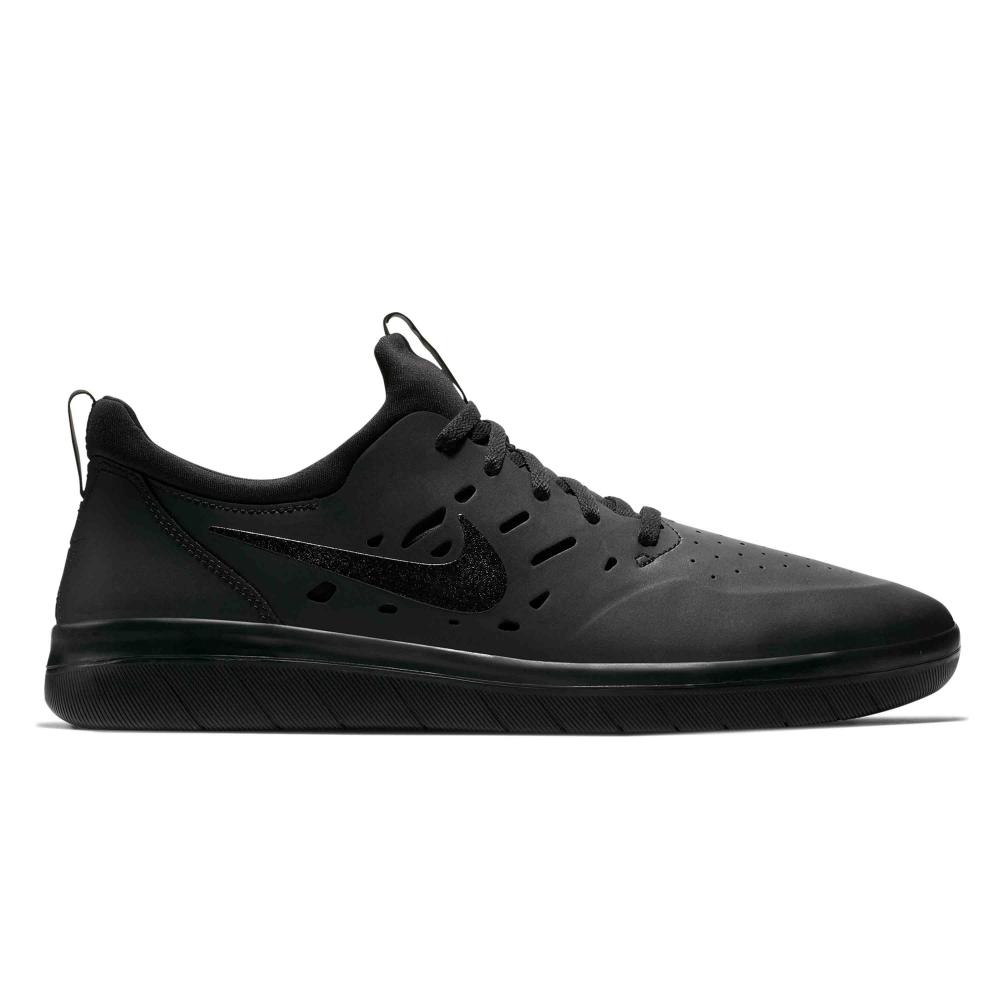 Nike SB Nyjah Free (Black/Black-Black)