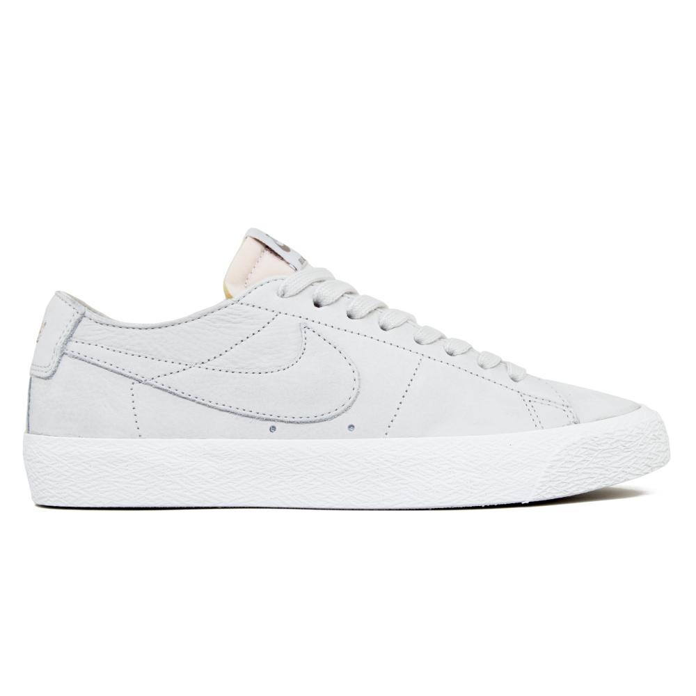 5bd3b6ac5a61 Nike SB Zoom Blazer Low Deconstructed (Light Bone Light Bone-Summit White-