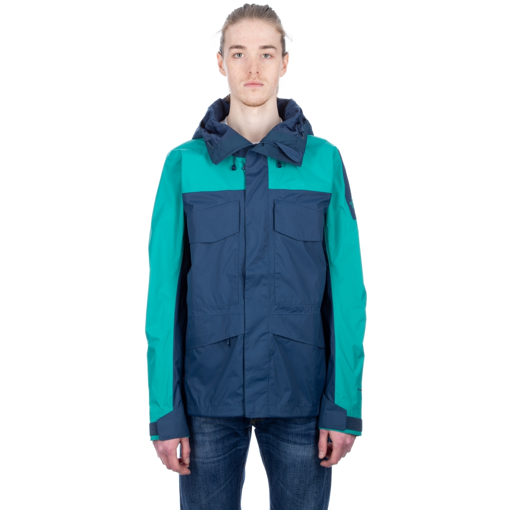 The North Face Fantasy Ridge Jacket (Blue Wing Teal/Porcelain Green)