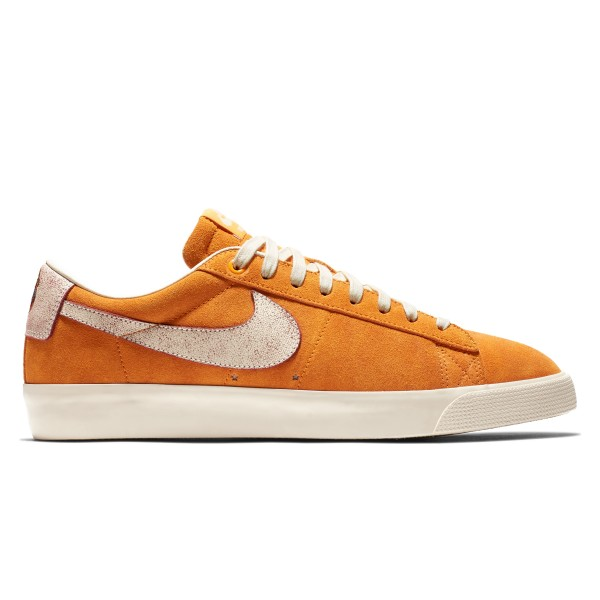Nike SB Blazer Low GT 'Bruised Peach' QS (Circuit Orange/Natural-Team Red)
