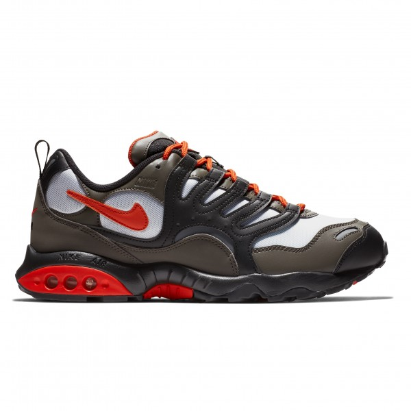 Nike Air Terra Humara '18 (Olive Grey/Deep Orange-Black)