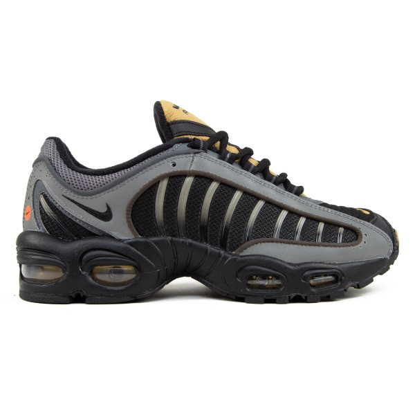 Nike Air Max Tailwind IV (Black/Black-Metallic Pewter-Metallic Gold)