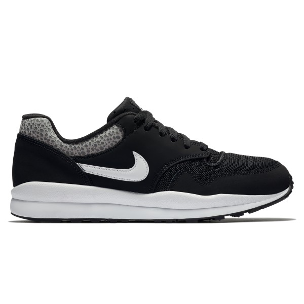 Nike Air Safari (Black/White-Black)