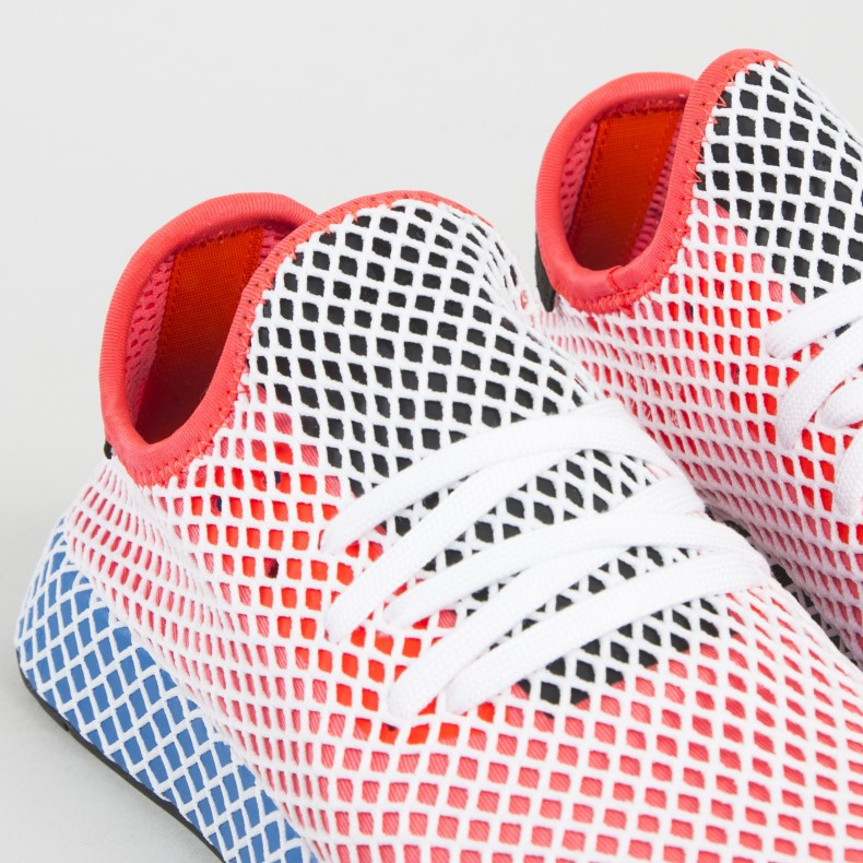 huge selection of b76cb 1ccdc adidas Originals Deerupt Runner. (Solar RedSolar RedBluebird)