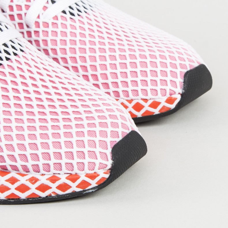 sports shoes 83e76 4f67e adidas Originals Deerupt Runner W. (Chalk PinkChalk PinkBold Orange)