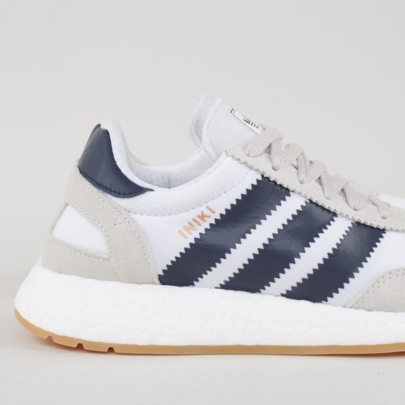 best website 4de39 9768f adidas Originals Iniki Runner