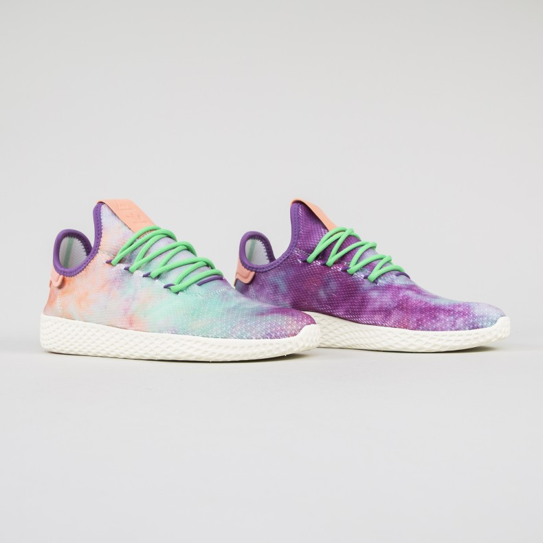 2991363a9dbe adidas Originals Pharrell Williams Hu Holi Tennis Hu  Powder Dye  (Chalk  Coral Supplier Colour Supplier Colour) - Consortium