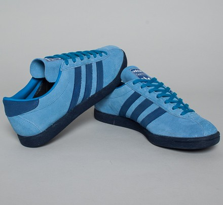 cheap for discount 3fc3d c305d adidas Originals Tahiti Island Series. (Light Blue Solid Blue Collegiate  Navy)