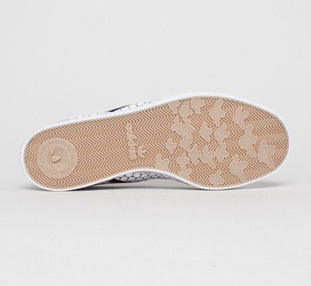 best sneakers 35dd4 6478f adidas Skateboarding Gonz Slip Copa. (Running White FTWBlack 1Gum ...