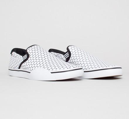 separation shoes 2eb47 f6714 adidas Skateboarding Gonz Slip Copa. (Running White FTWBlack ...