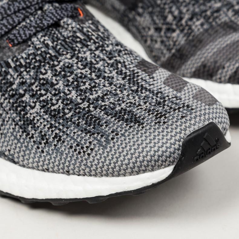 Adidas Ultra Boost Uncaged Black/Solid Grey/Gold Metallic