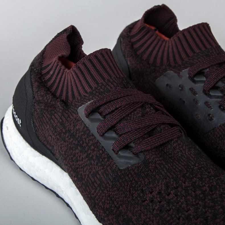 Adidas ultraboost senza freni (nucleo nero / buio borgogna / nucleo nero