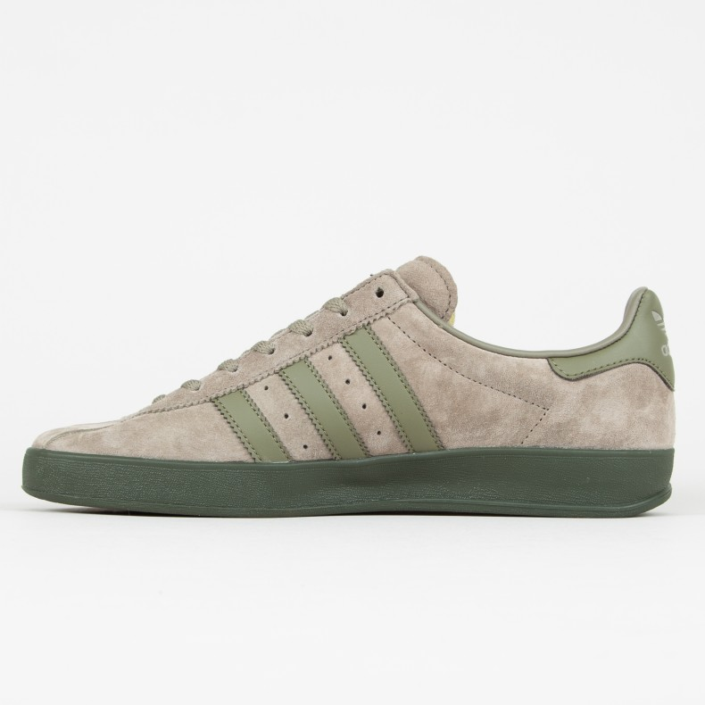 6a05ca84db88bc adidas Originals Broomfield (Trace Cargo Raw Khaki Night Cargo ...