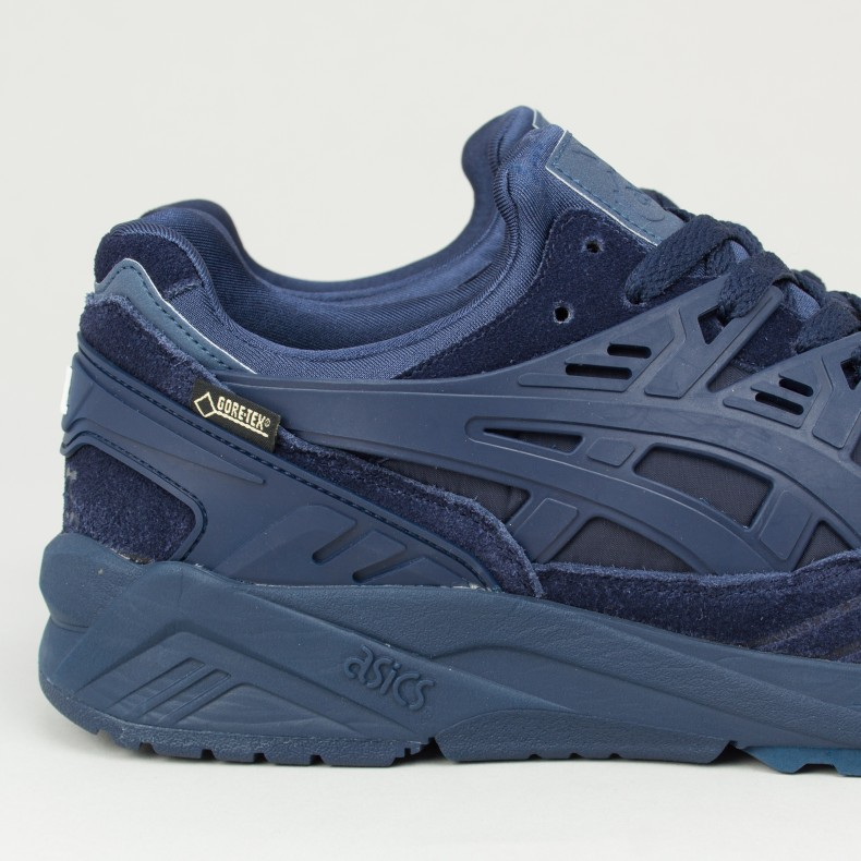 asics with gore tex