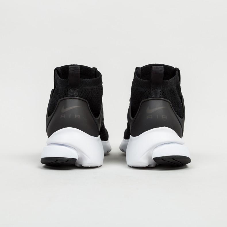 meet 44692 6b141 Nike Air Presto Flyknit Ultra (Black Black-White-Electric Green) -  Consortium.