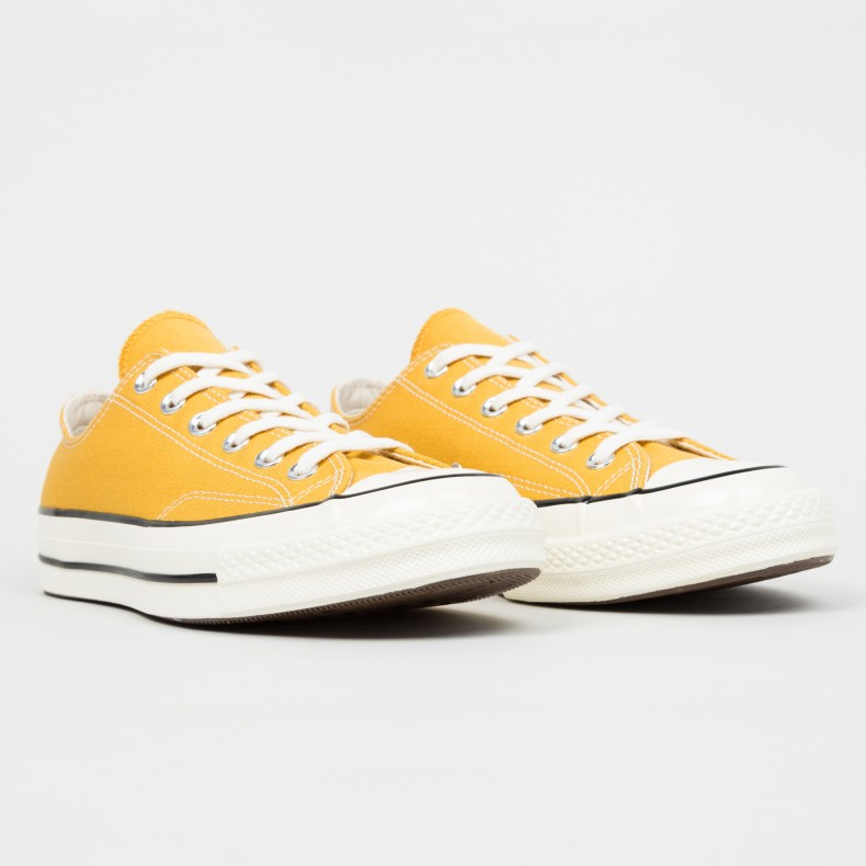 0dc2d69d8b3 Converse All Star Chuck Taylor 70 OX (Sunflower Black Egret ...