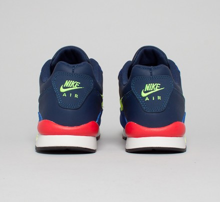 b1db45390683 Nike ACG Air Wildwood LE (Midnight Navy Volt-Deep Royal Blue ...