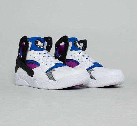 nike air flight huarache og bold berry