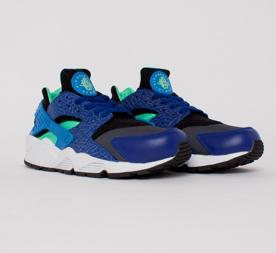 premium selection ac442 16686 Nike Air Huarache (Deep Royal Blue Blue Hero-Green Glow-Black) - Consortium.