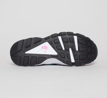 d14f48f0bcac Nike Air Huarache (Hyper Pink Dusty Cactus-Medium Ash) - Consortium