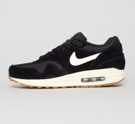 more photos 28c24 a24c1 Nike Air Max 1 Essential. (Black Sail-Black-Gum Light Brown)