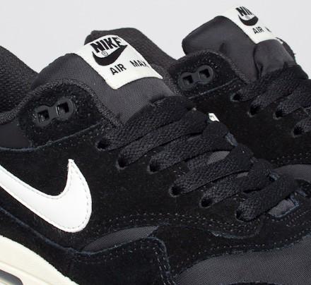 Nike Air Max 1 Essential (BlackSail Black Gum Light Brown