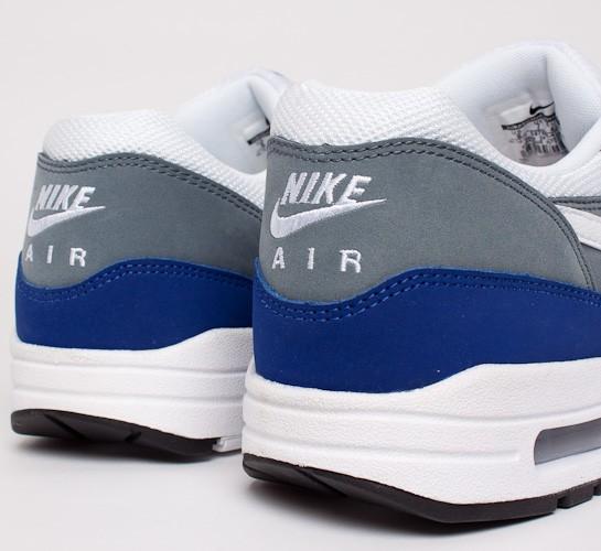 nike air max 1 essential deep royal Blau