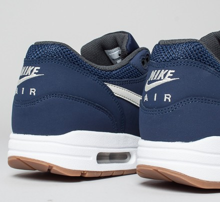 best sneakers 58d95 b48e6 Nike Air Max 1 Essential. (Midnight NavyLight ...