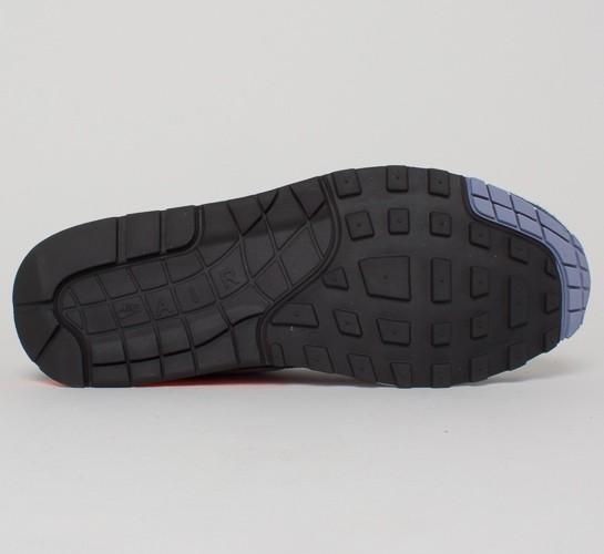 ffebe410322967 ... Nike Air Max 1 Premium. (Dark Obsidian Metallic Silver-Atomic Orange) .