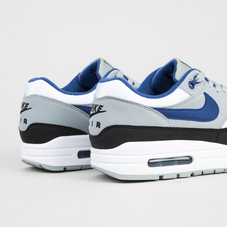 online store 8827c 73a56 Nike Air Max 1. (White Gym Blue-Light Pumice-Black)
