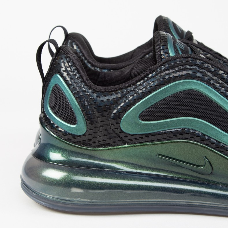 Nike Air Max 720 'Iridescent' Black Metallic Silver For Sale