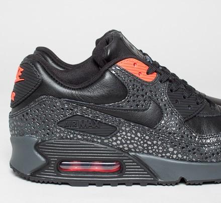 black infrared air max 90