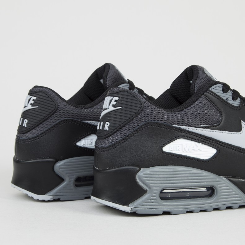 wholesale dealer 52a71 41c6e ... netherlands nike air max 90 essential ee0f1 996e6 uk nike air max 90  essential trainer dark grey dark grey black ...