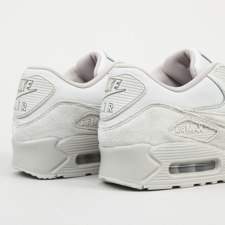 Nike Air Max 90 Premium (Light BoneString) Consortium.