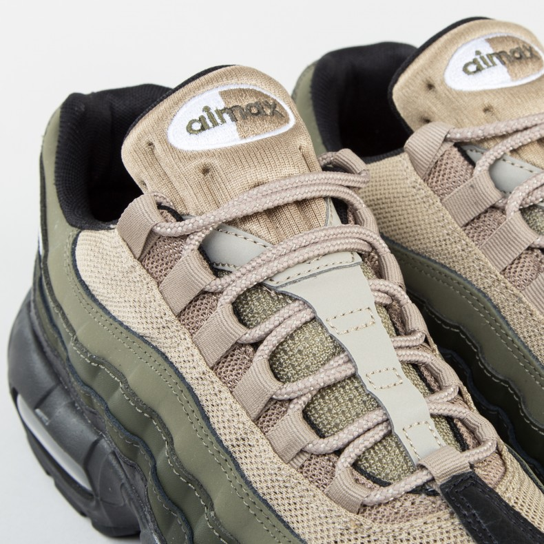 Nike Air Max 95 Essential (BlackWhite Sequoia Cargo Khaki
