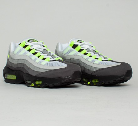 sports shoes 22c71 06c11 Nike Air Max 95 OG  Neon . (Black Volt-Medium Ash-Dark Pewter)