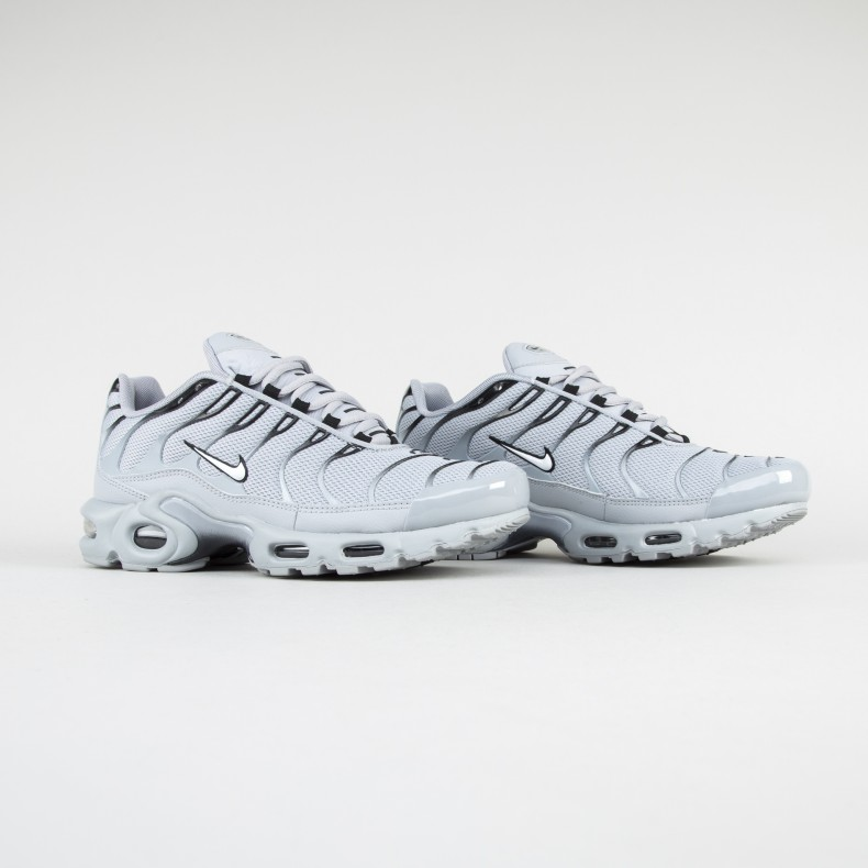 790ef95ea85b9 Nike Air Max Plus (Wolf Grey White-Black) - Consortium.