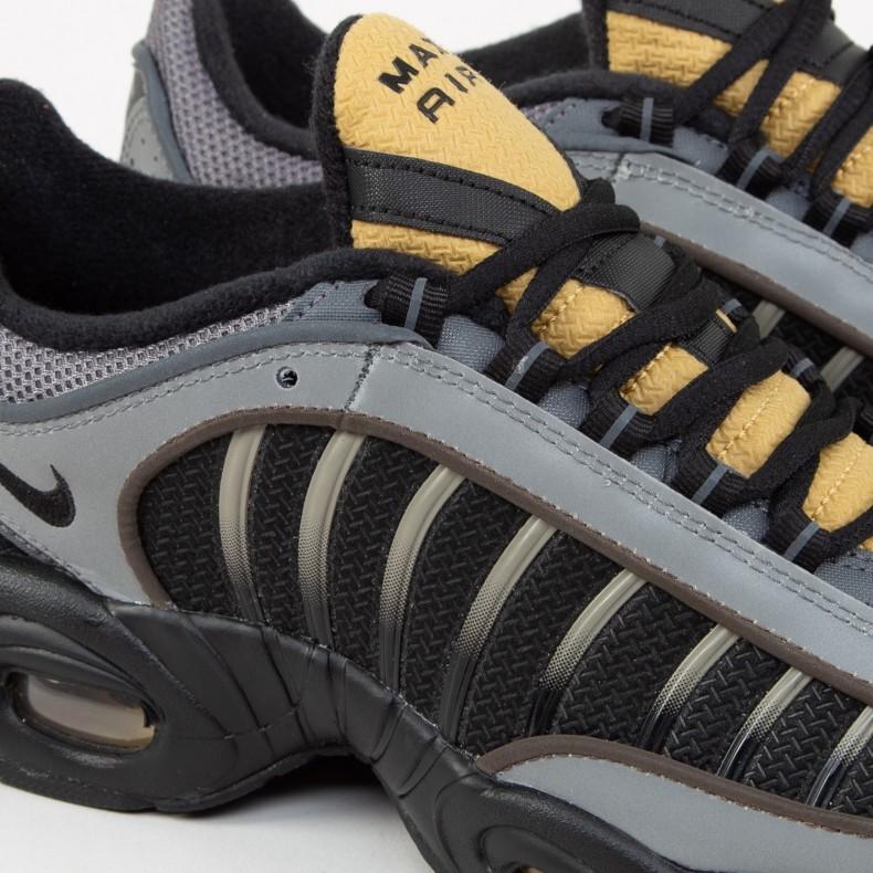 Nike Air Max Tailwind IV (BlackBlack Metallic Pewter Metallic Gold)