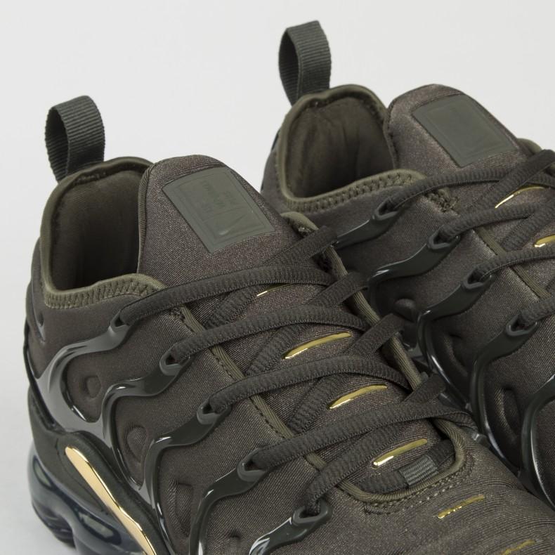 0c8475ce1a4 ... Nike Air VaporMax Plus Cargo Khaki. (Cargo KhakiSequoia-Clay Green)  sneakers 0d0a9 ...