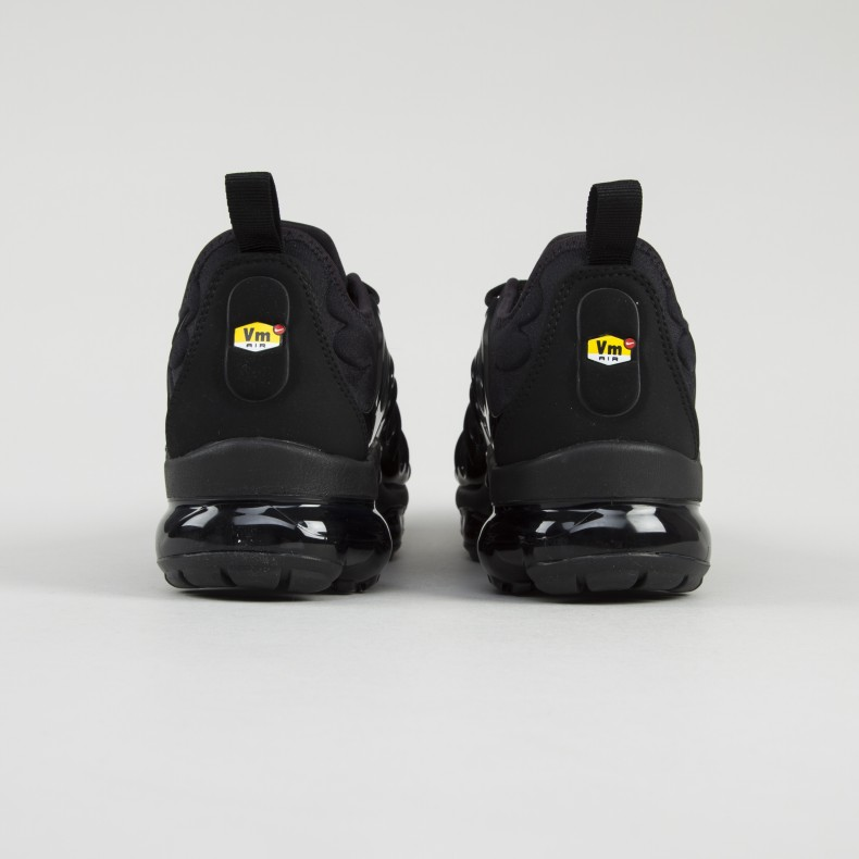 the latest 3aa73 1fbbf Nike Air VaporMax Plus 'Triple Black' (Black/Black-Dark Grey)