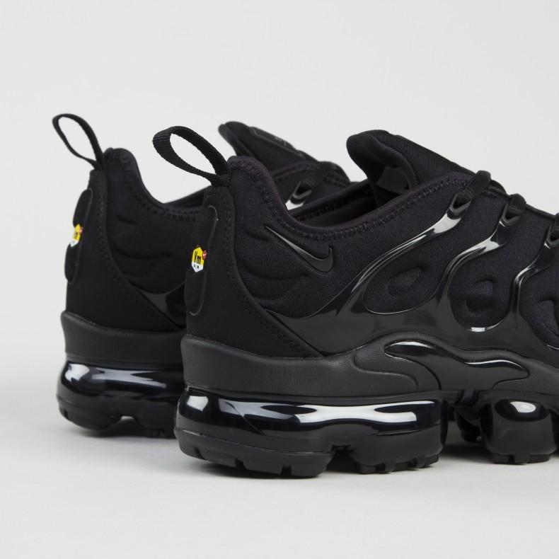 the latest 24ef6 20425 Nike Air VaporMax Plus 'Triple Black' (Black/Black-Dark Grey)
