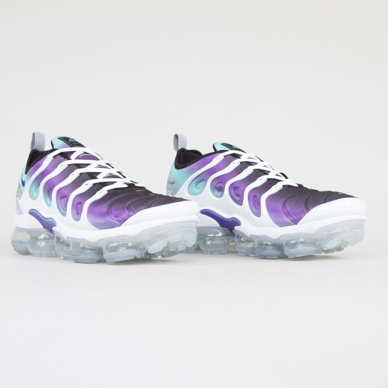 official photos f885a e075f Nike Air VaporMax Plus (White/Fierce Purple-Aurora Green ...