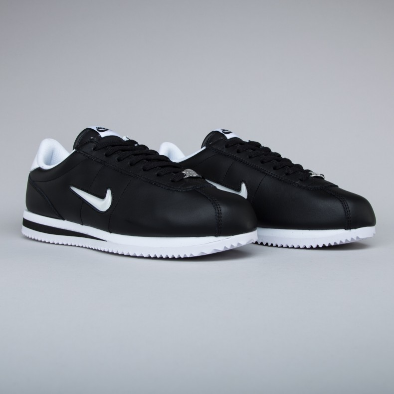 nike cortez with dickies